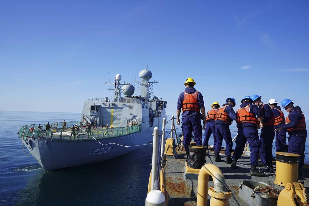 U.S. Coast Guard, Royal Danish navy conduct towing evolutions off Greenland