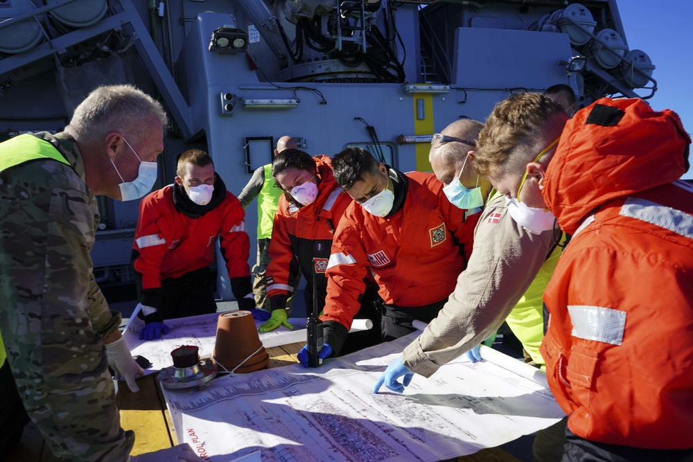 U.S. Coast Guard, Royal Danish navy conduct search and rescue exercise off Greenland