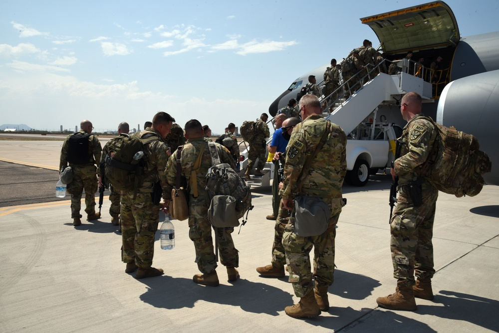 AZNG MP Battalion mobilized to Wisconsin