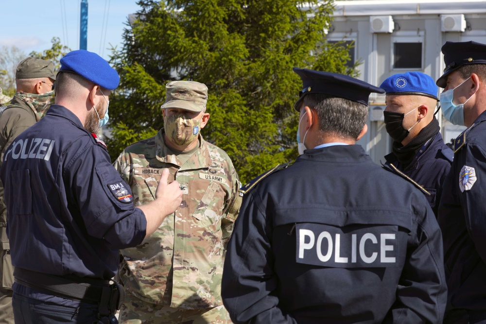 KFOR units conduct training exercise in support of Kosovo police