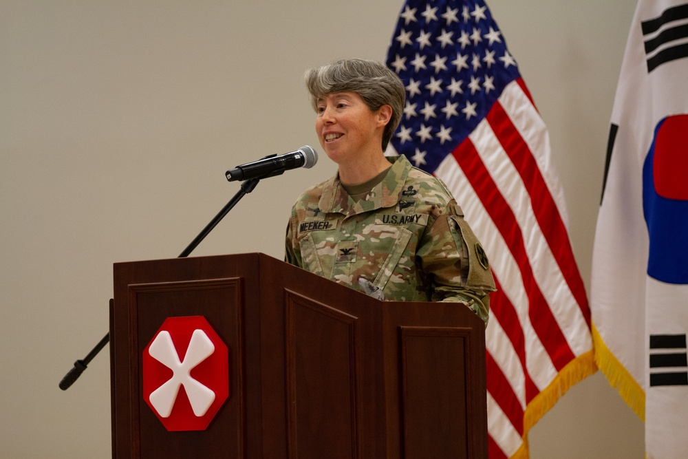 Eighth Army Holds Thanksgiving Prayer Luncheon