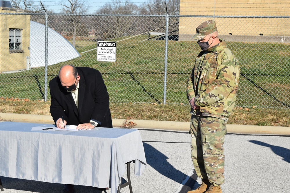 RIA signs agreement for Rock Island to provide water services, lighting maintenance for the Arsenal