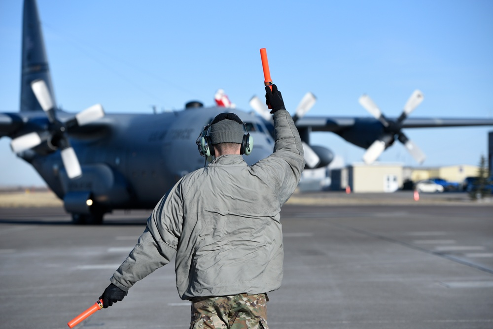 Santa visits the 120th Airlift Wing