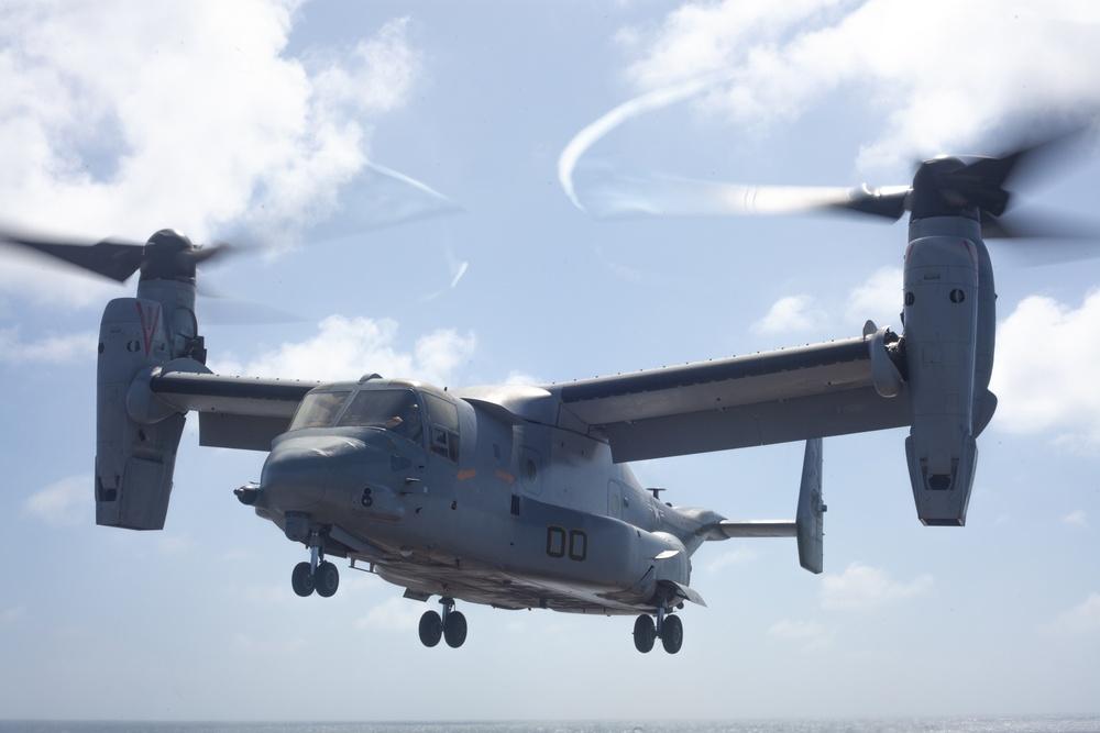 Bravo Company, BLT 1/4 Marines depart USS Somerset