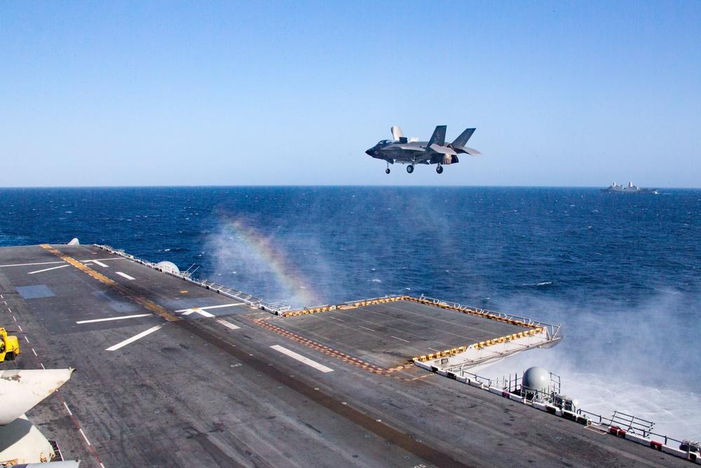 F-35B Lightning II lands on the USS Makin Island