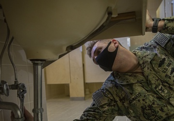 Faces of MCIPAC; a Sailor who impacts Marines for the better
