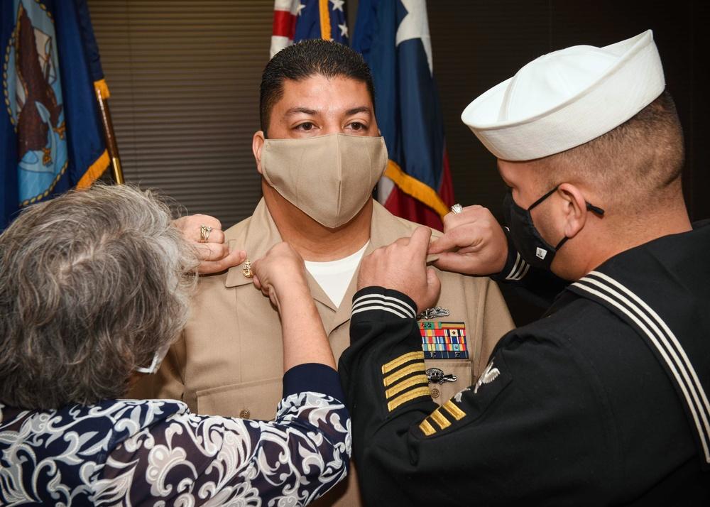 Houston Recruiter Dons Anchors