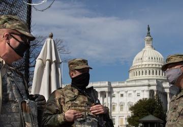 Col. Chris McKinney Visits Perimeter Security Troops in DC