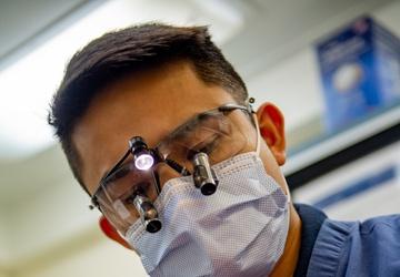 USS Carl Vinson (CVN 70) Sailor Provides Dental Care