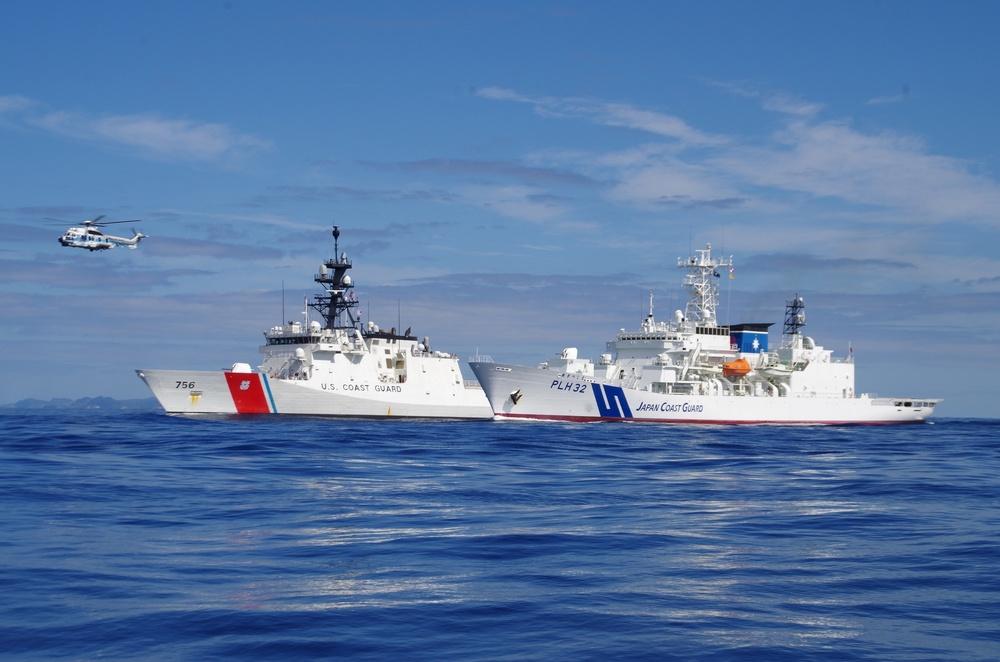 U.S., Japan Coast Guard strengthen capabilities through joint exercise