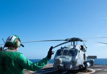 USS Princeton Conducts Flight Operations