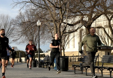 NYNG Soldiers celebrate transition into NCO Corps with 5K run around capital