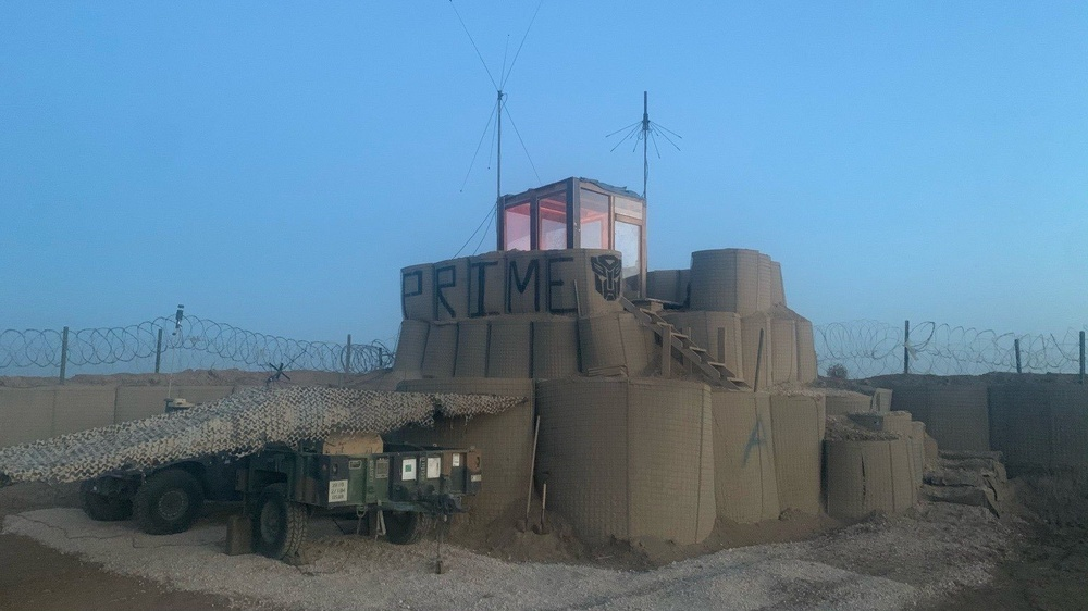 Resourceful Soldiers build ATC tower at remote outpost