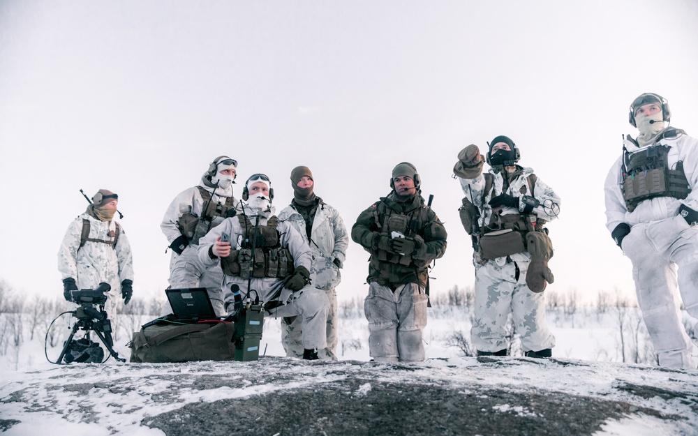 Integrated JTAC Training: MRF-E Marines Train with U.S. Navy SEALs, Norwegian Army