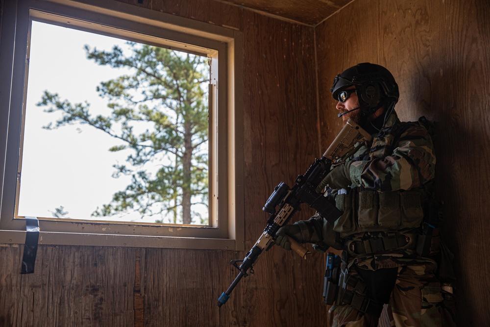 Dutch Marines conduct MOUT at Camp Lejeune