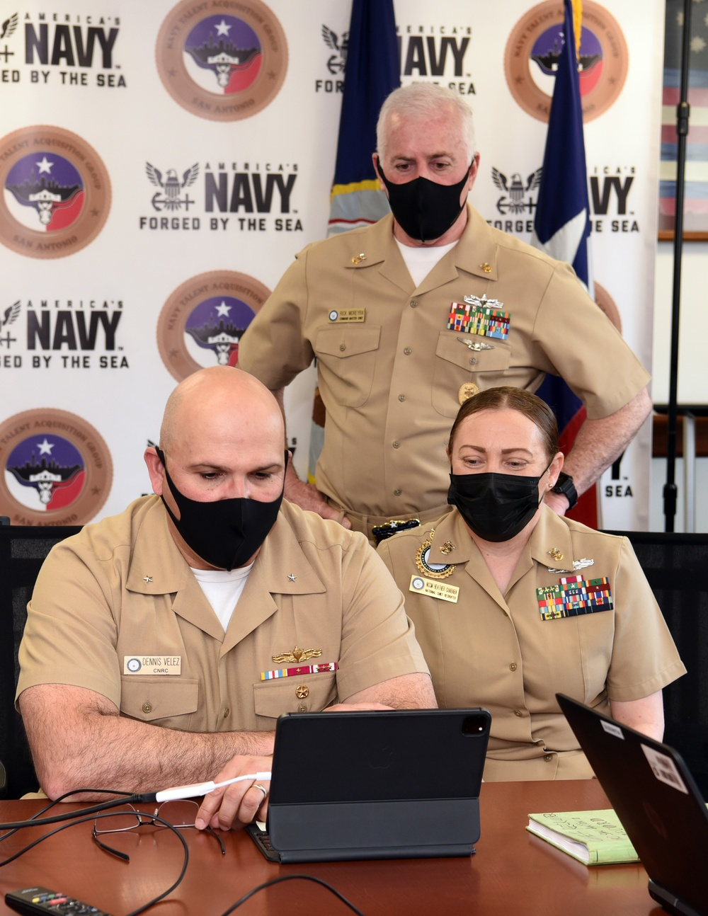 Commander, Navy Recruiting Command visits Sailors of NTAG San Antonio