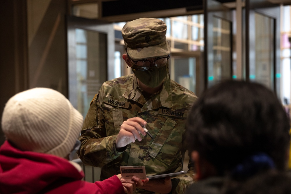 Pa. National Guard supporting vaccination center in Philadelphia
