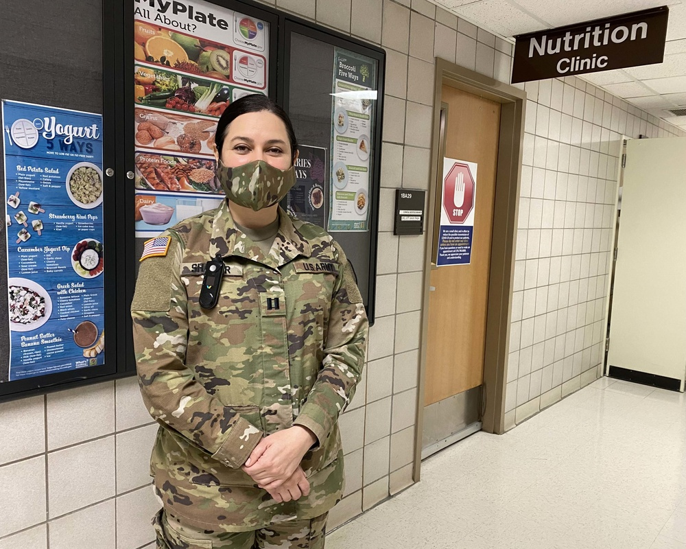 Army dietitian shares her role supporting the COVID-19 fight