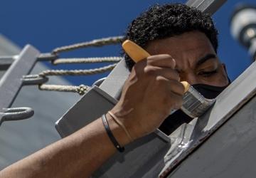 USS John Finn (DDG 113) Conducts Routine Operations