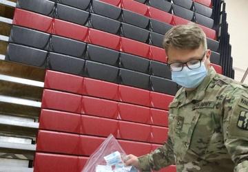 U.S. Army Soldiers aid FEMA in administering COVID-19 vaccine to Elizabeth community