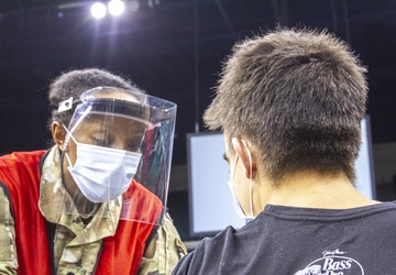 101st Airborne Soldiers, Ohio National Guard vaccinate Cleveland community members
