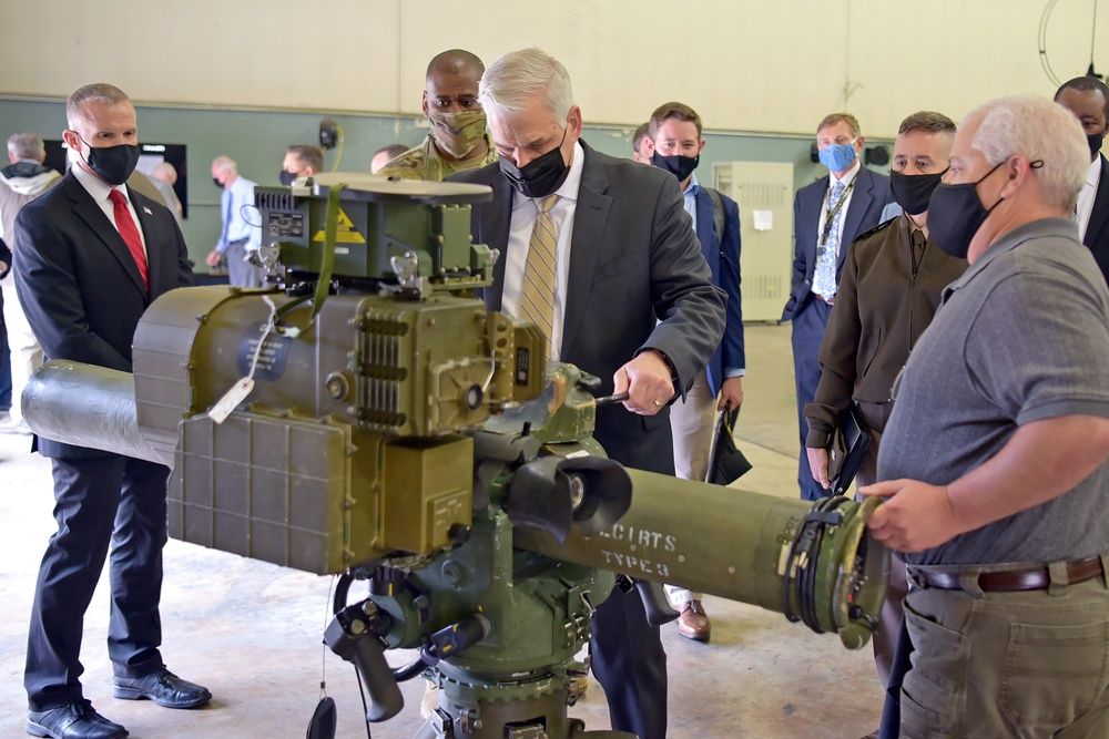 U.S. Army Under Secretary gets Soldier-focused look at PEO Missiles and Space modernization programs