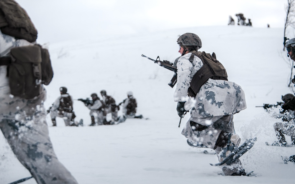 Raising Hell in the Arctic: MRF-E Marines Conduct Company Live-Fire Attacks
