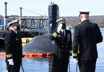 USS Indiana welcomes new skipper