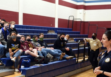 Officers, Sailors share experiences with Students during Navy Promotional Day at East View High School