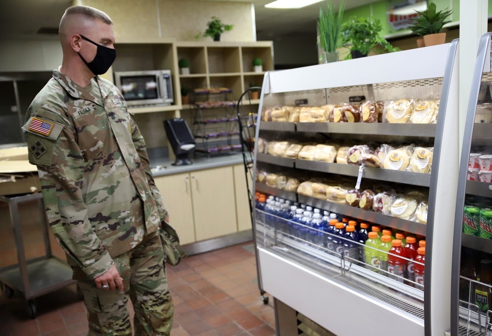 Army finding new ways to feed Soldiers, bring nutritious food to installations