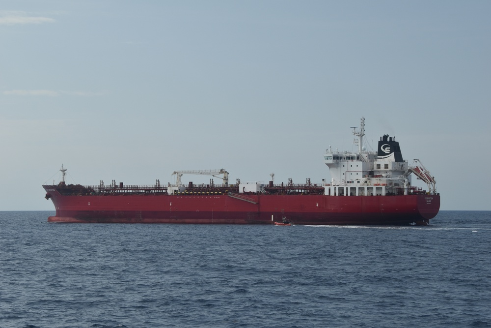 Coast Guard repatriates 2 migrants to Cuba