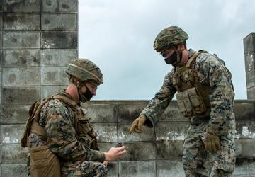 Frag out! | TRT Marines conduct 3d LSB M67 Grenade Range