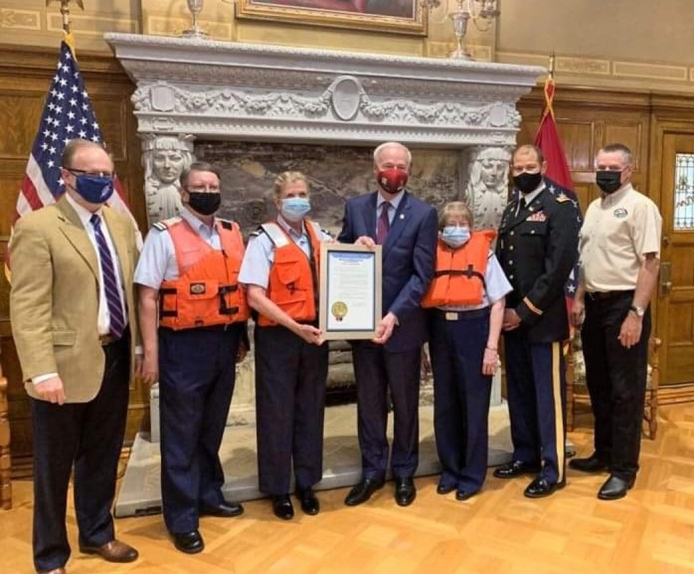 Arkansas Governor Proclaims Safe Boating Week