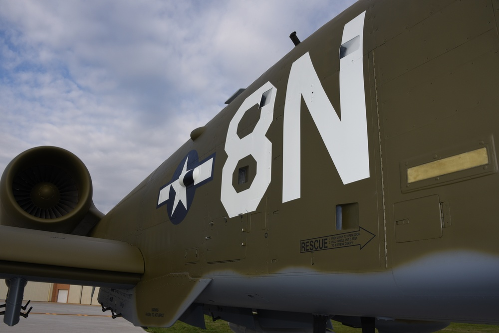 8N 124th FW heritage paint