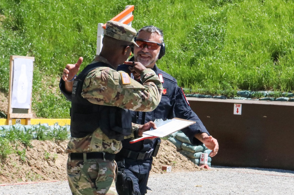 KFOR military police celebrate National Police Appreciation Week through cooperative training