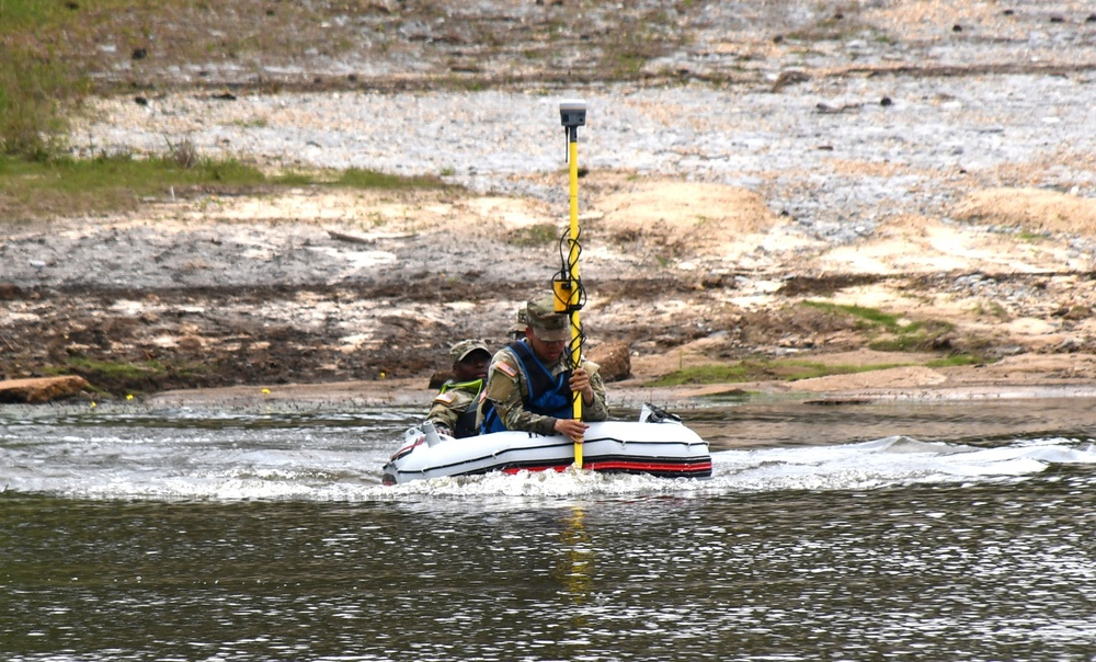 46th Engineer Battalion Soldiers test waters at Engineer Lake