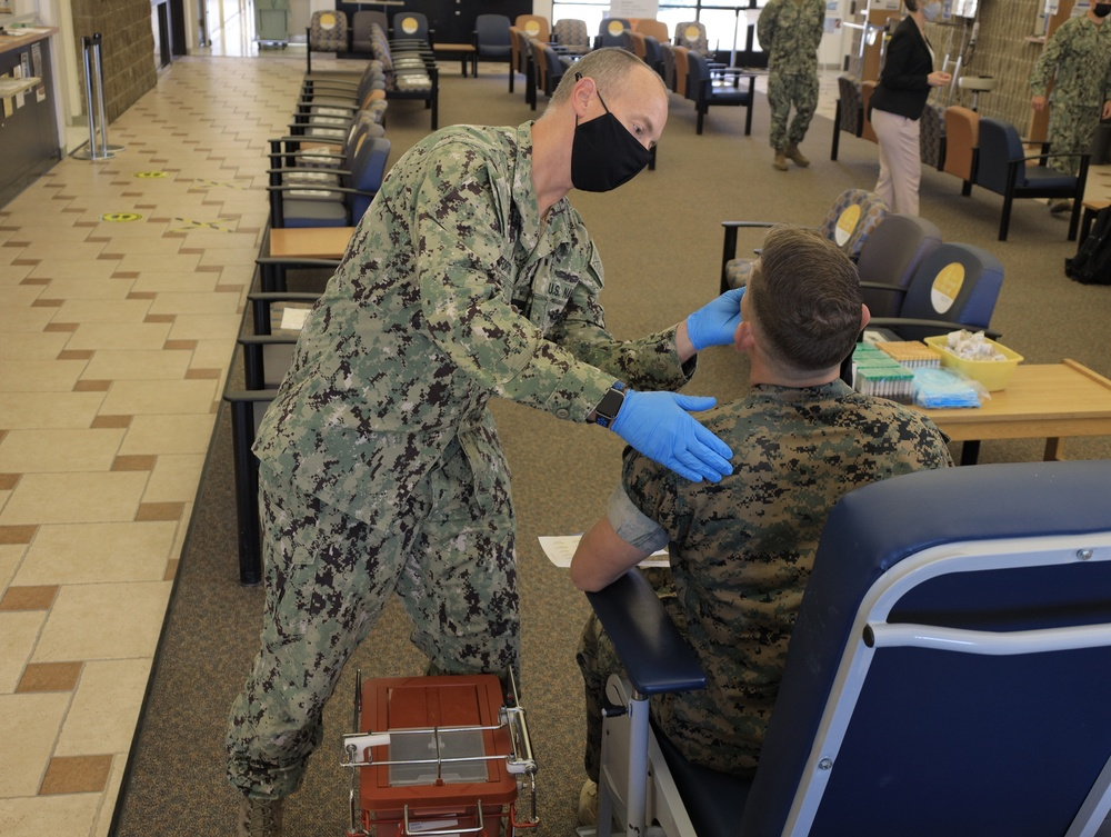 Navy Medicine Researchers Use Science to Fight COVID-19