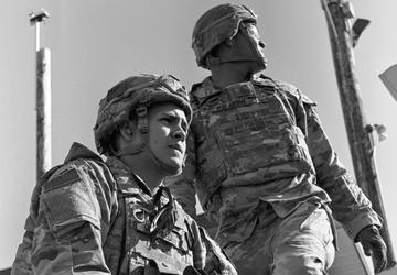 'Denali' paratroopers conduct machine gun qualification