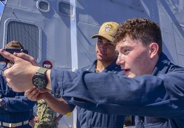USS John P. Murtha (LPD 26) Gun Shoot