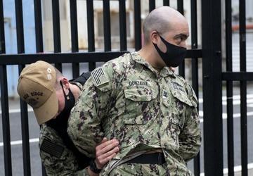 Blue Ridge Sailors Conduct Anti-terrorism Force Protection Drill