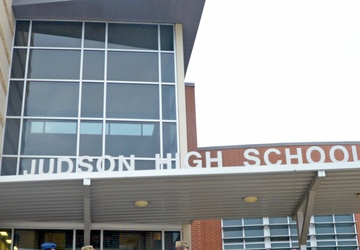Gladiators reach out to local high school students