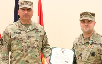63rd Readiness Division's HHD changes command [Image 5 of 7]