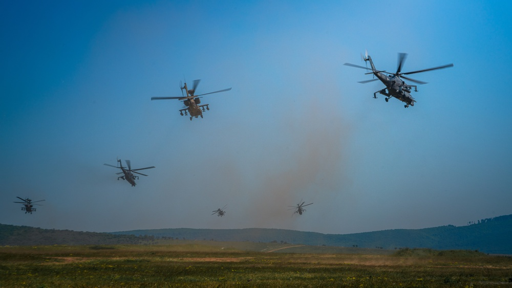 12th CAB Apaches and Hungarian Defense Force Hinds in first ever joint live fire