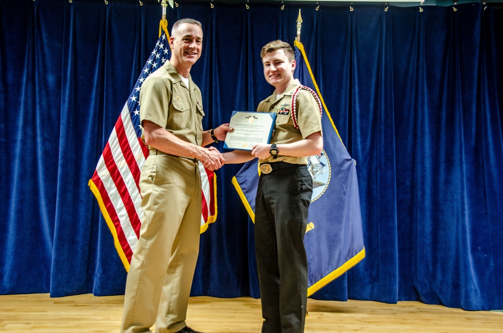 Naval Submarine School Sailor Awarded for Intuition during COVID-19
