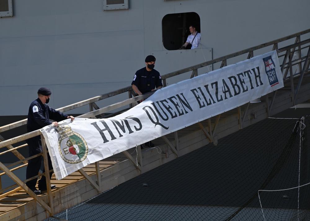 HMS Queen Elizabeth Makes Port in Augusta