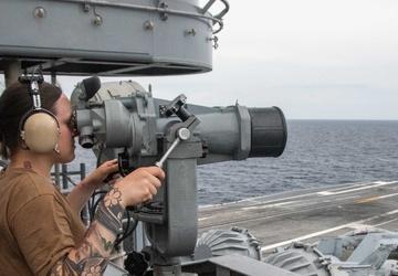USS Ronald Reagan (CVN 76) Bridge Watchstanders