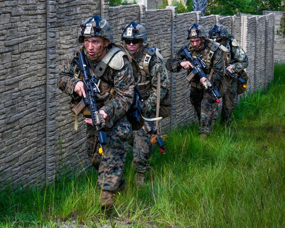Marine Corps awards contract for new, innovative training capability