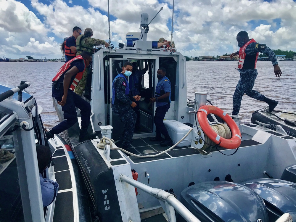 Pinching and Boarding Training at Tradewinds 2021