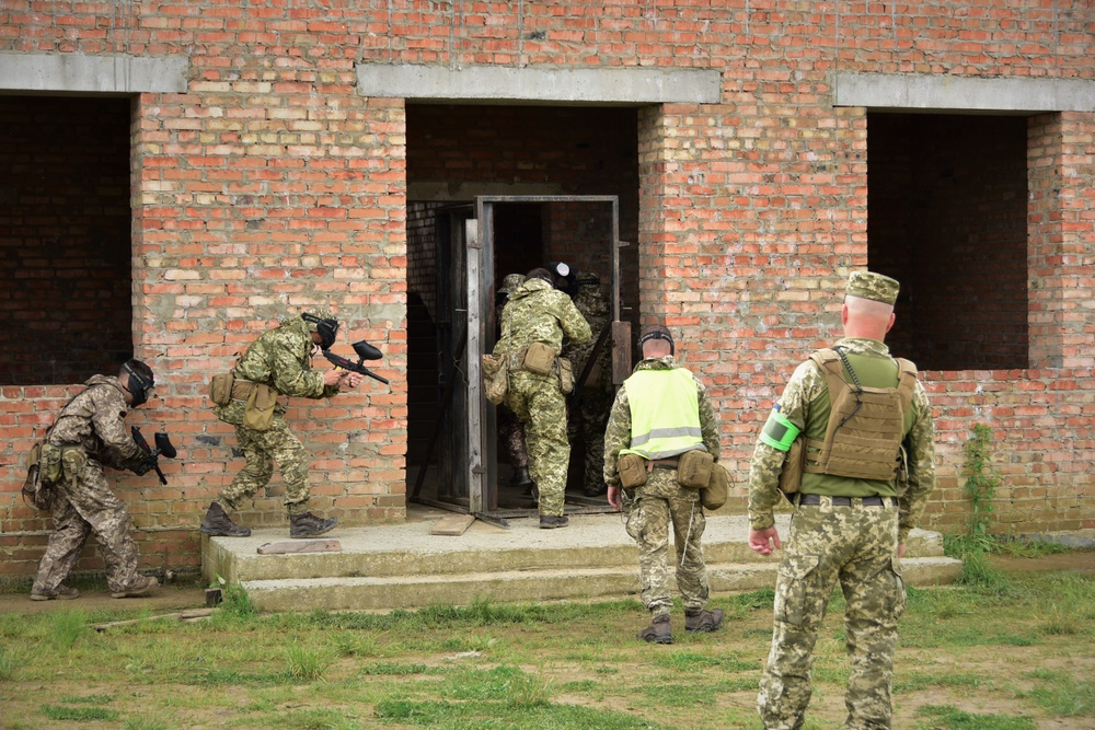 Ukrainian soldiers conduct MOUT at CTC-Y