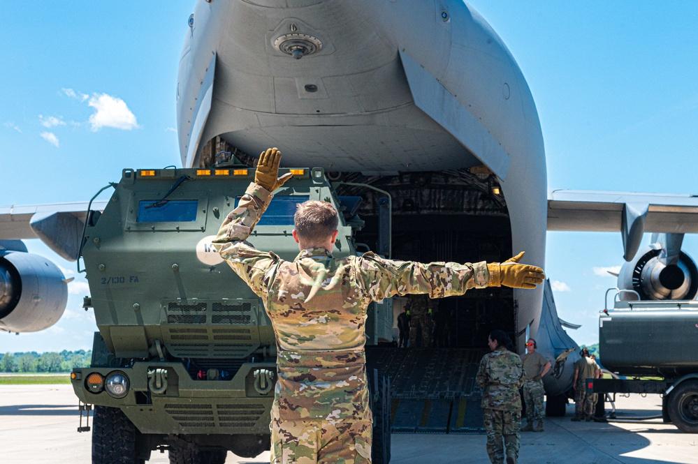 Missouri, Kansas and New York Guardsmen work together